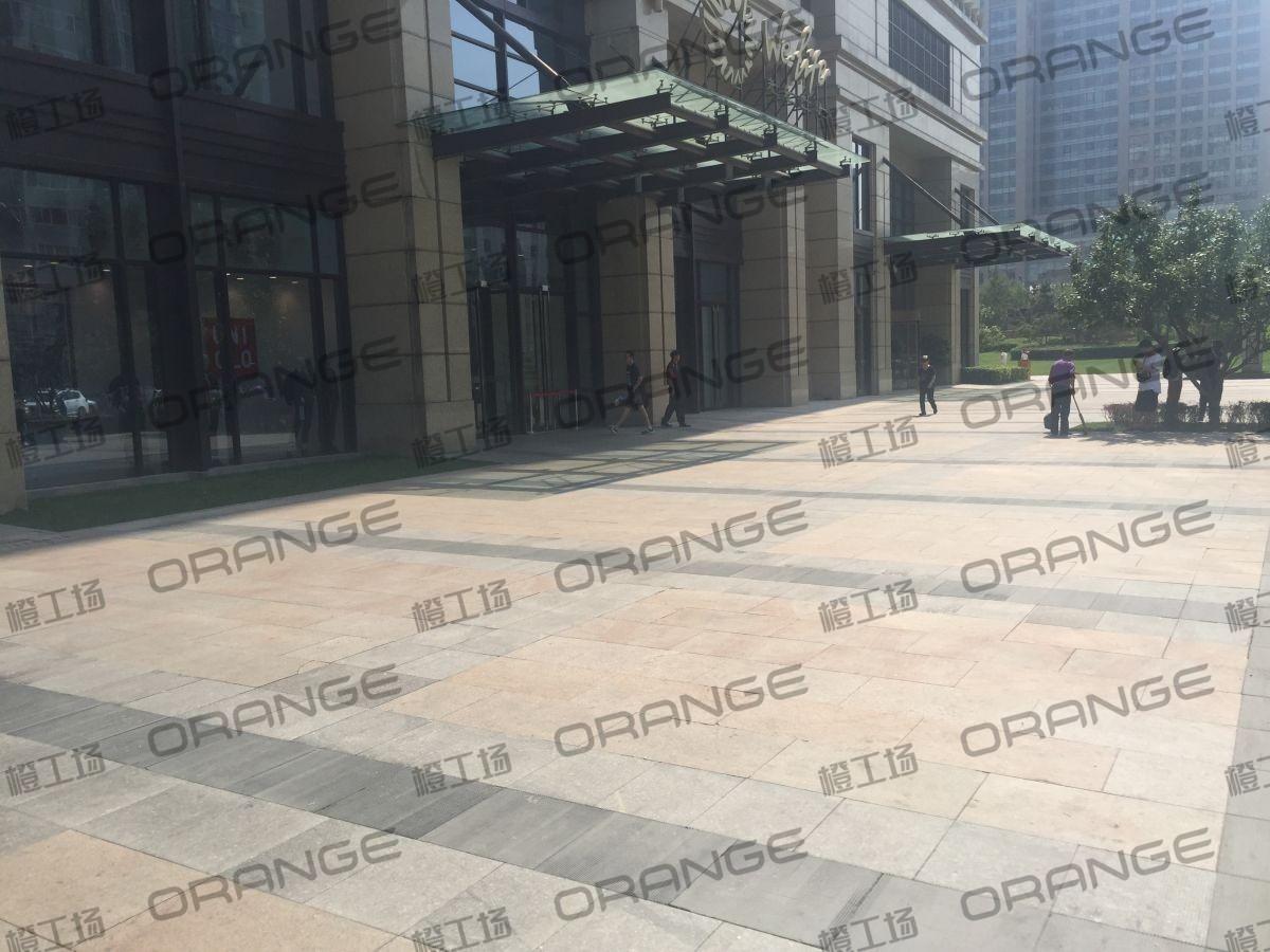 北京远洋未来广场-室外西门门前一8