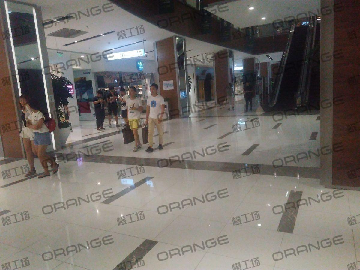 北京远洋未来广场-室内一楼西门门内12