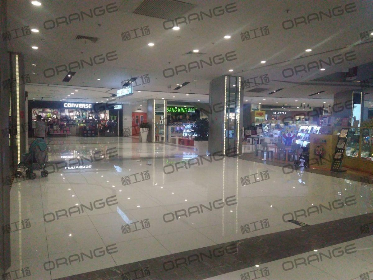 北京远洋未来广场-室内三楼东侧环廊西19