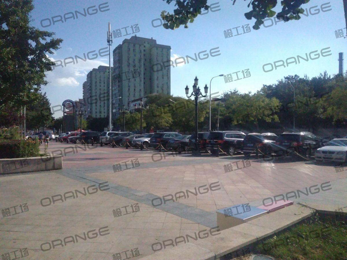 北京蓝色港湾-室外西门广场一1