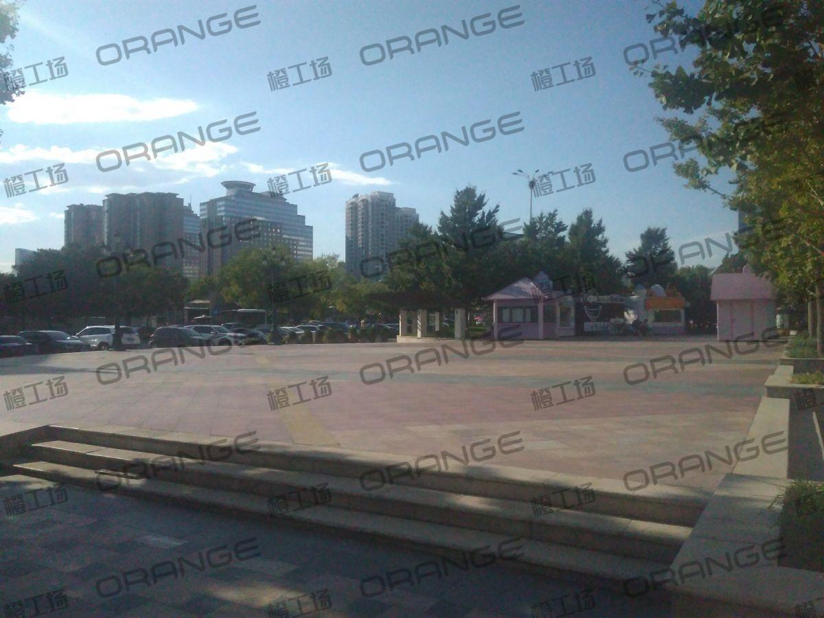 北京蓝色港湾-室外西门广场三3