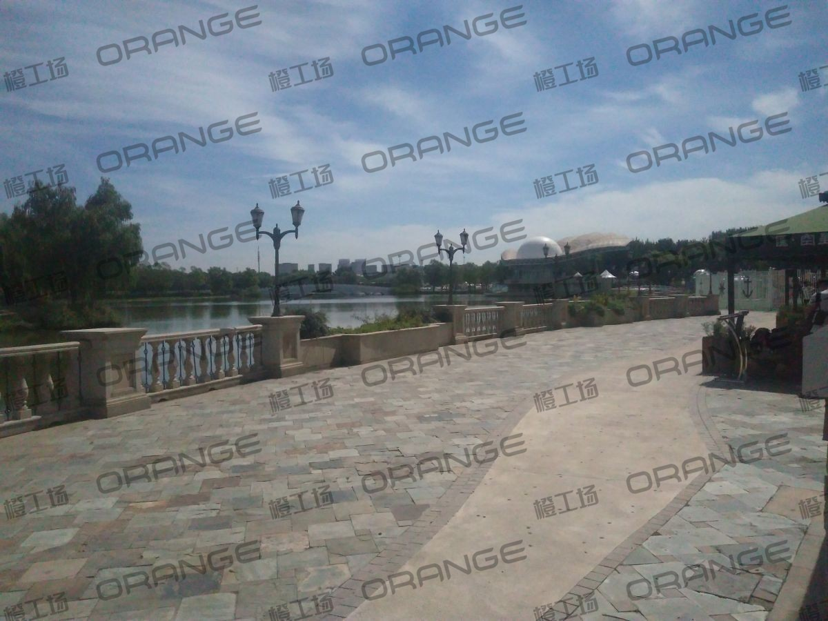 北京蓝色港湾-室外南侧星空汇门前8