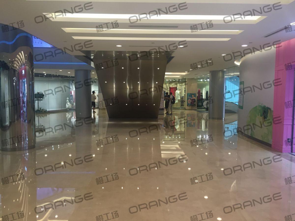 北京蓝色港湾-室内一楼西侧6ixty8ight门前35