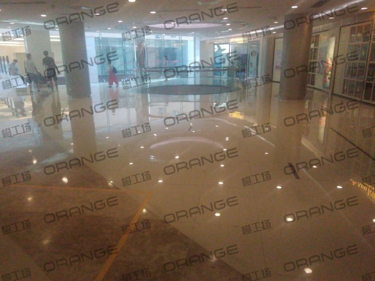 北京蓝色港湾-室内二楼环廊西侧北美丽世界美发沙龙门前46
