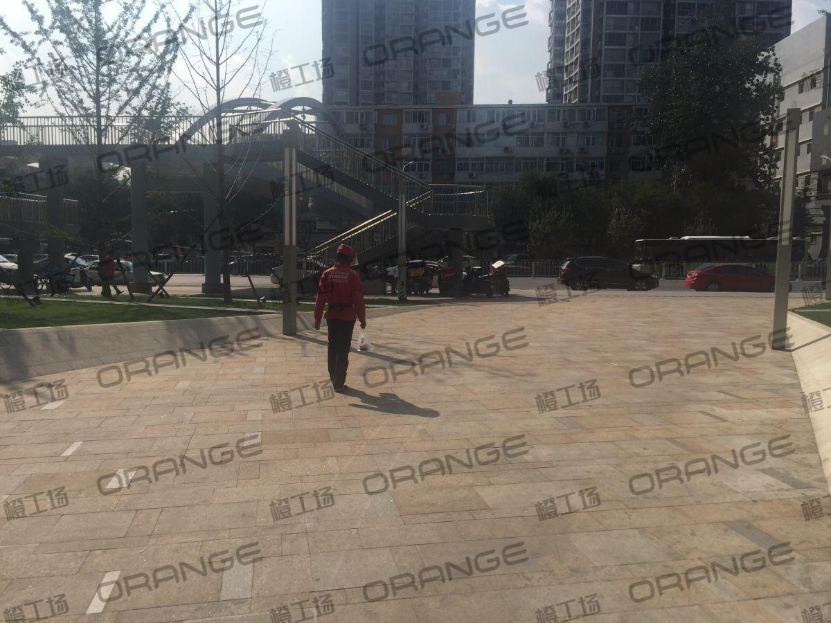 北京颐堤港-室外西门北侧门前5