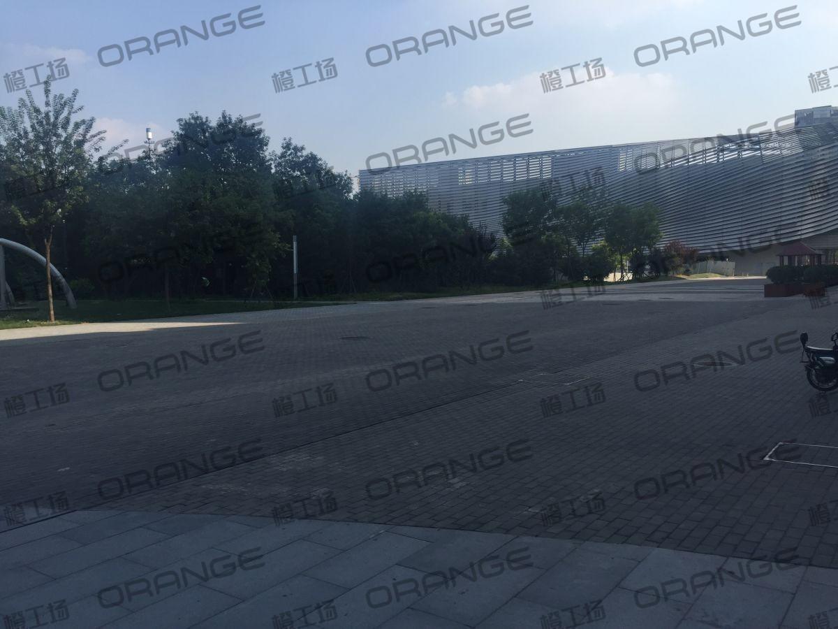 北京颐堤港-室外东侧新元素南广场10