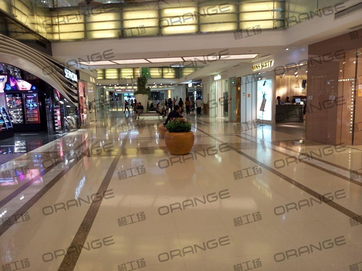 北京西单大悦城-室内一楼南门门内过道27