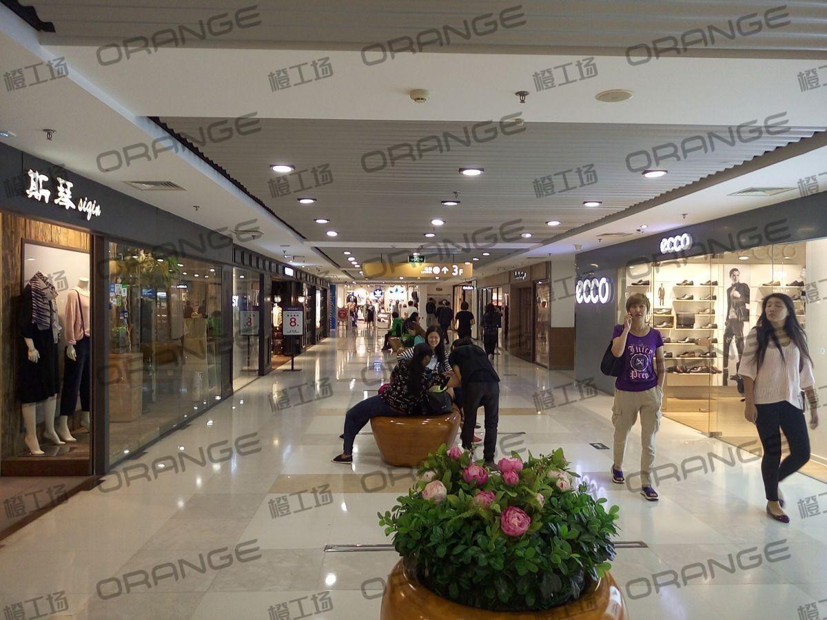 北京西单大悦城-室内三楼东侧南eooc门前过道17