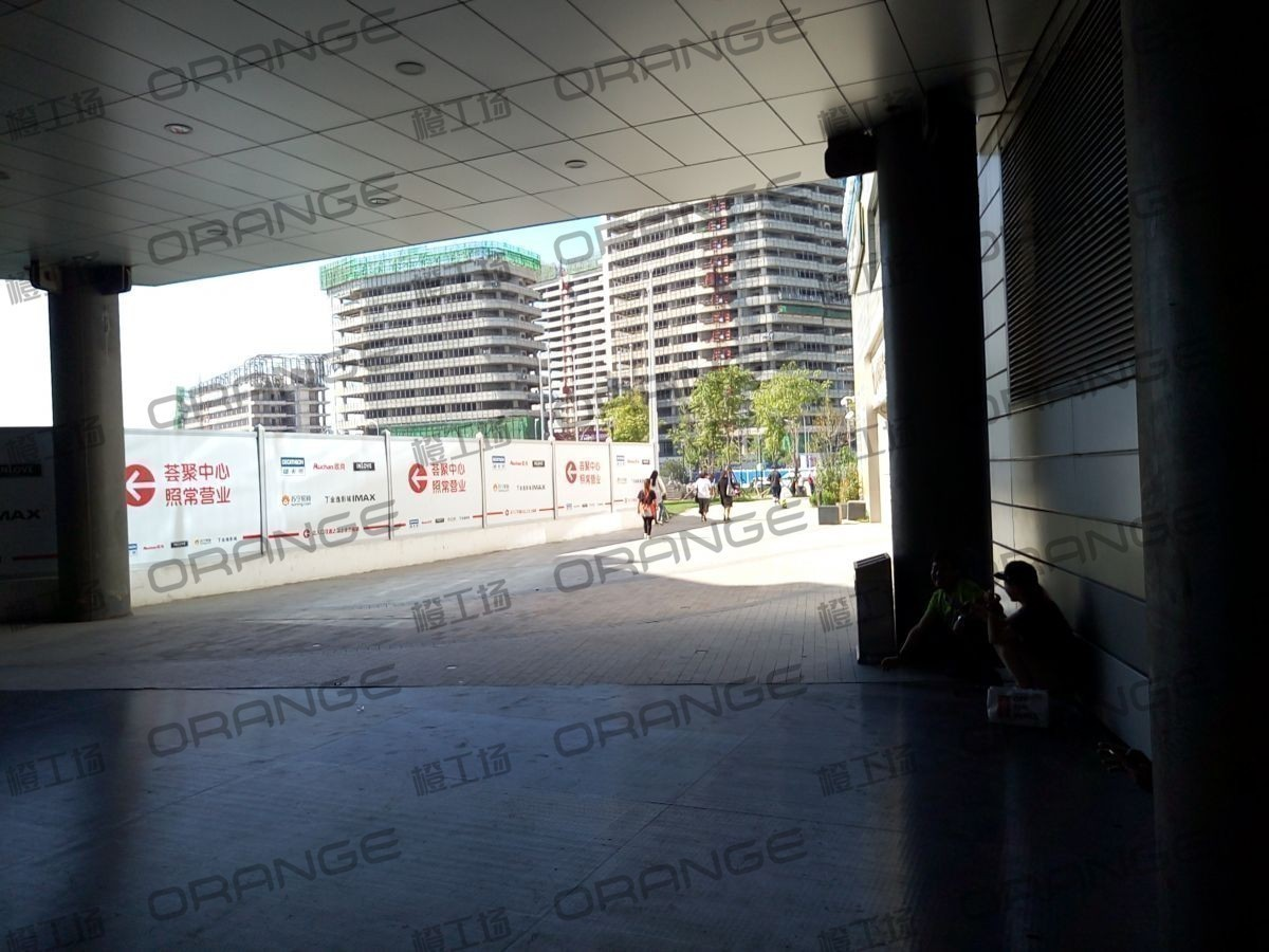 北京荟聚购物中心-室外西南门5