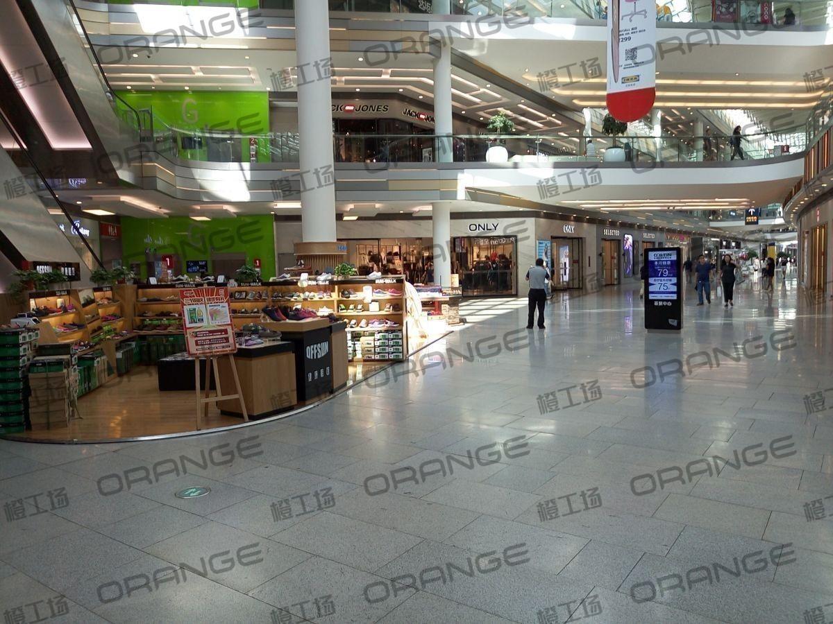 北京荟聚购物中心-室内一楼西侧扶梯东9