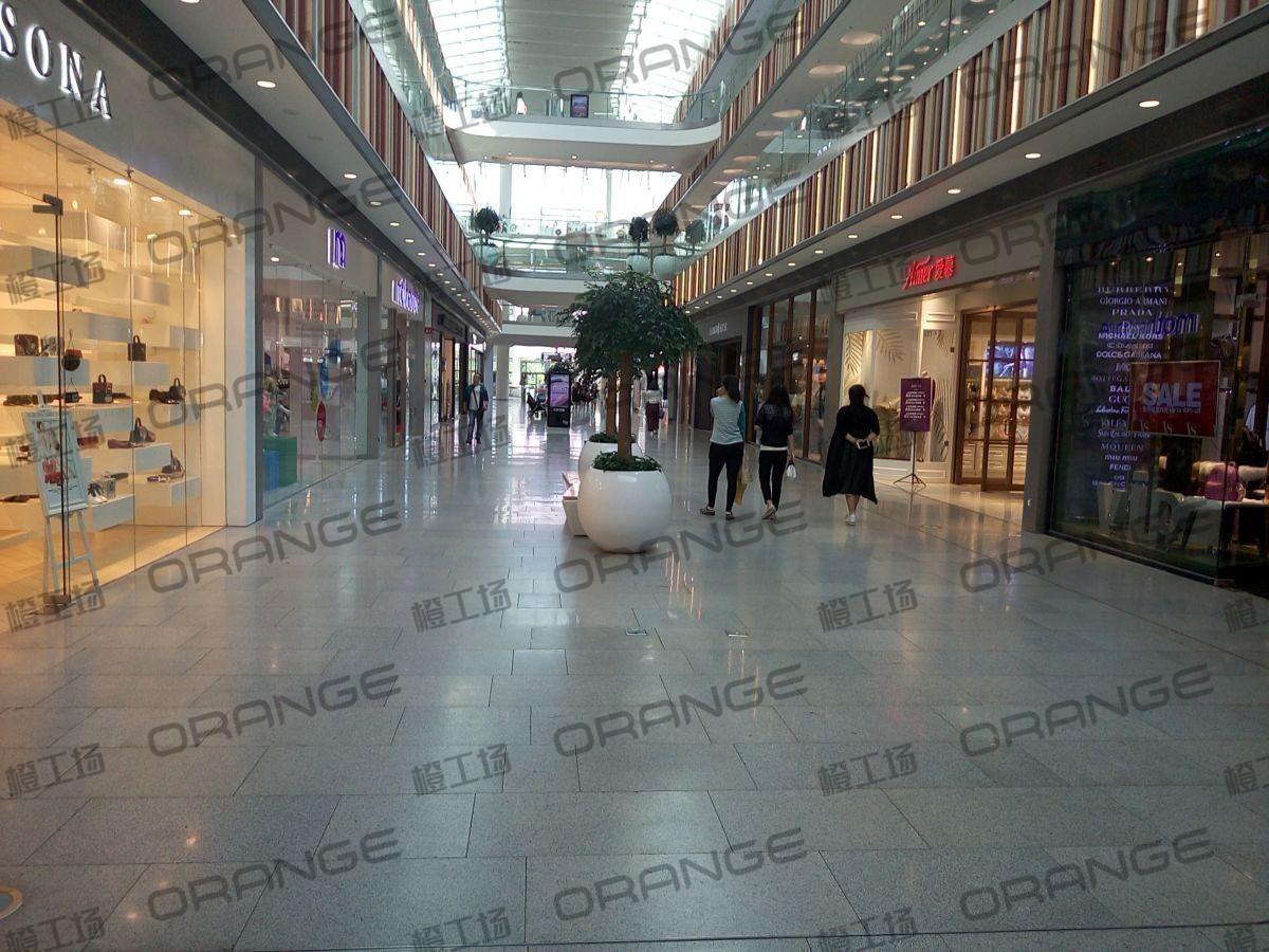 北京荟聚购物中心-室内一楼宜家南侧扶梯东过道115