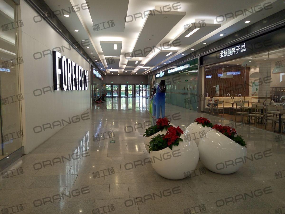 荟聚购物中心-室内一楼东北门门内24