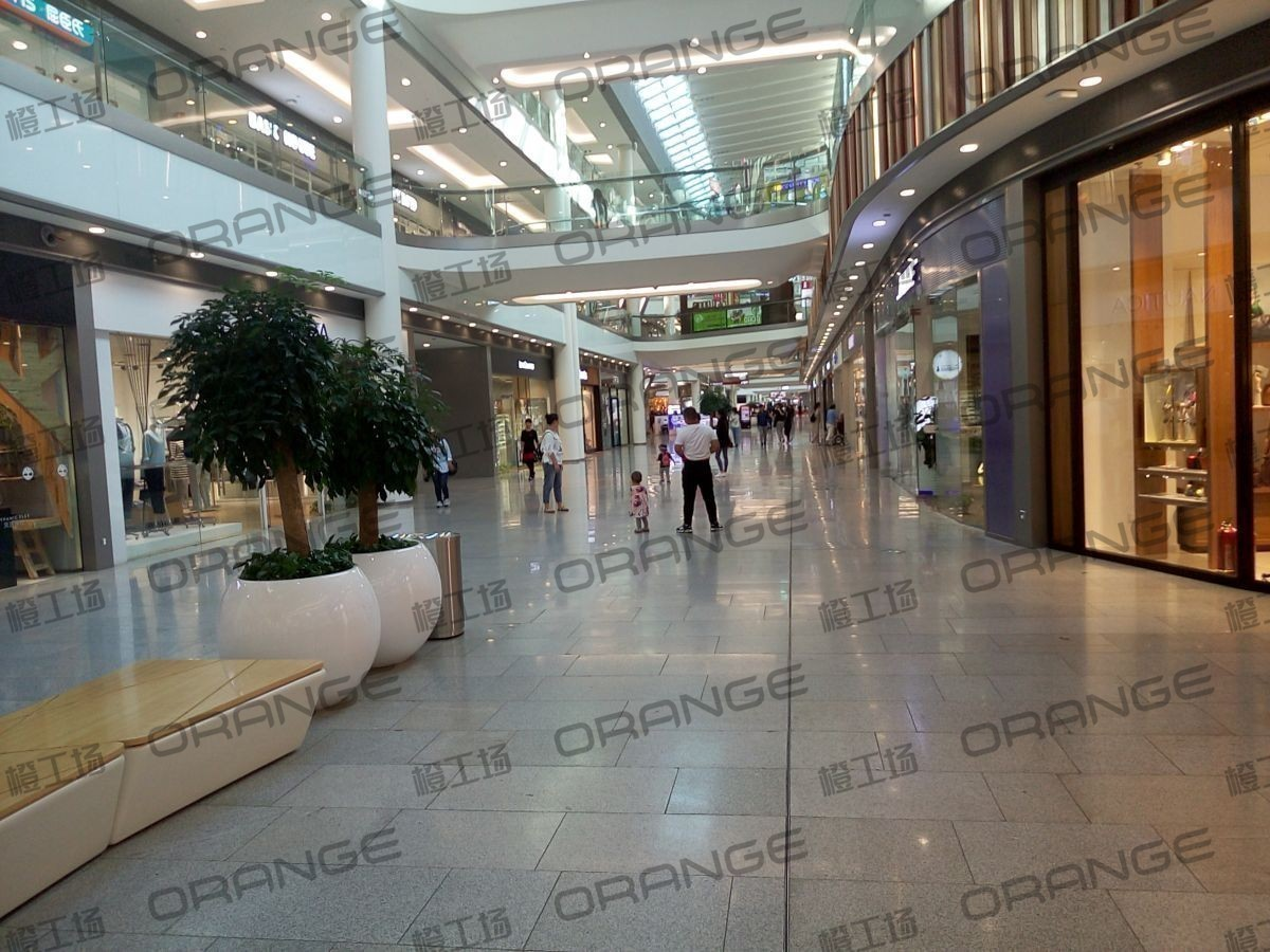 荟聚购物中心-室内一楼东北门内南过道125