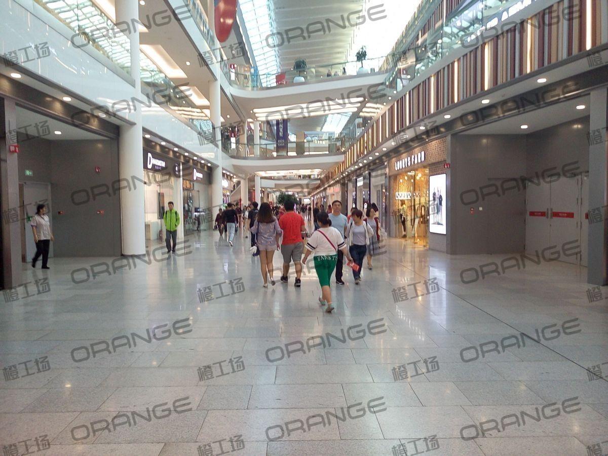 北京荟聚购物中心-室内一楼东门内大厅南128
