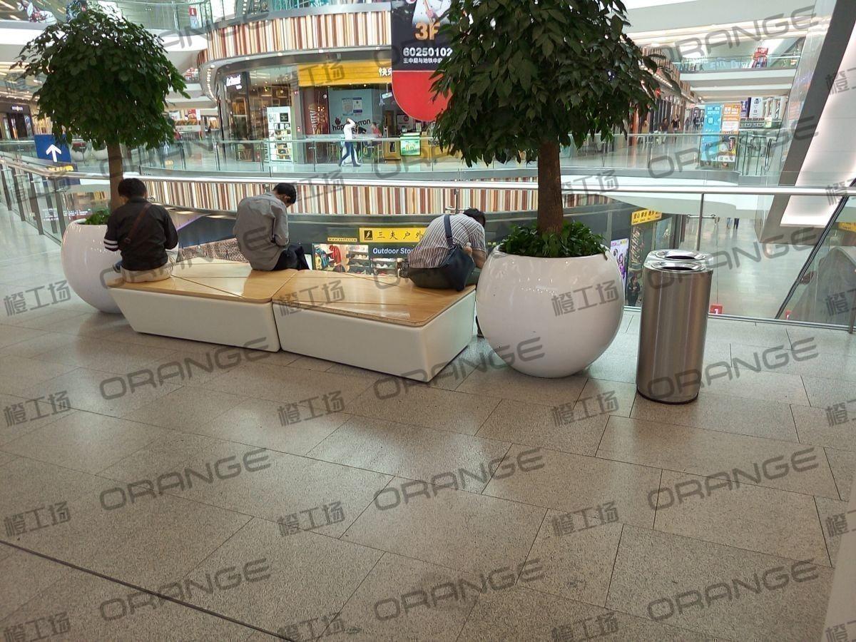 北京荟聚购物中心-室内二楼东南侧迪卡侬门前34