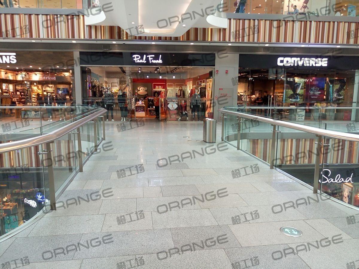 北京荟聚购物中心-室内二三楼东侧扶梯西过道(六块)40