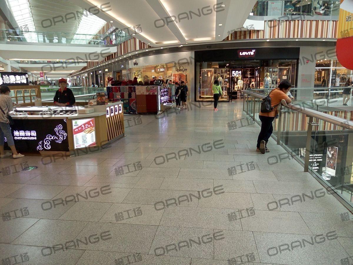 荟聚购物中心-室内二楼东北电梯东过道1(六块)43