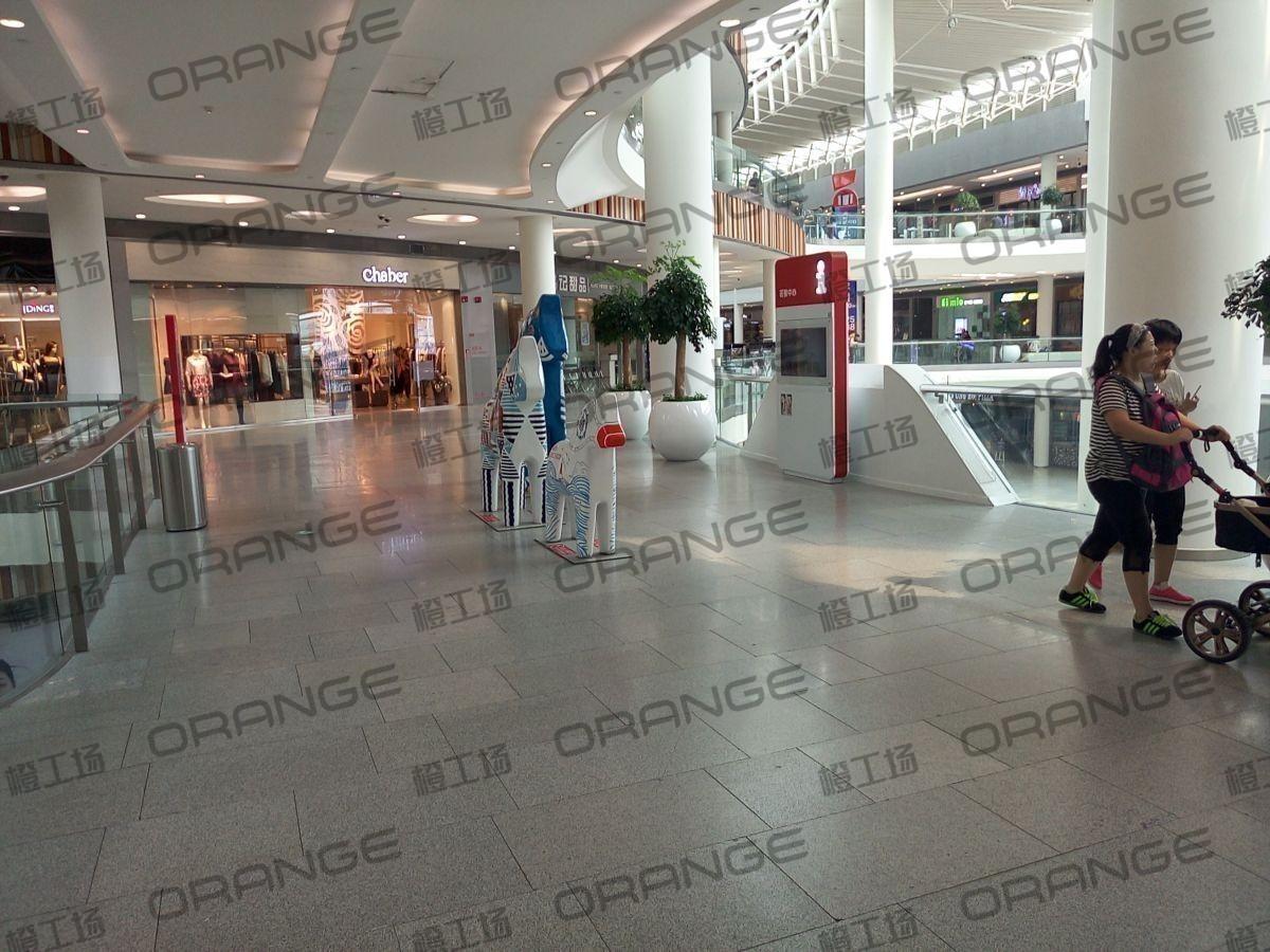 荟聚购物中心-室内二三楼东门门内西(六块)49