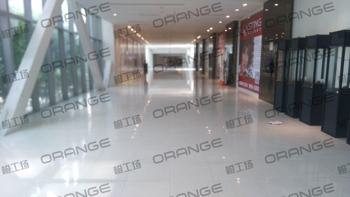 北京财富购物中心-室内财富中心与财富购物中心之间连廊3