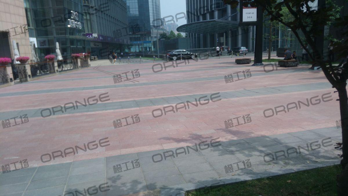 北京财富购物中心-室内购物中心东门南侧CLOBBY LOUNGE(大厅休息室门前)17
