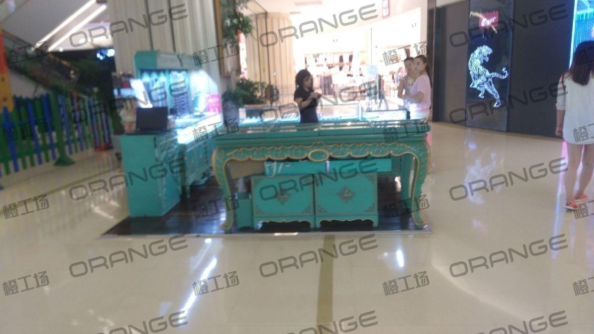 北京爱琴海购物公园-室内东门内上扶梯口南侧20
