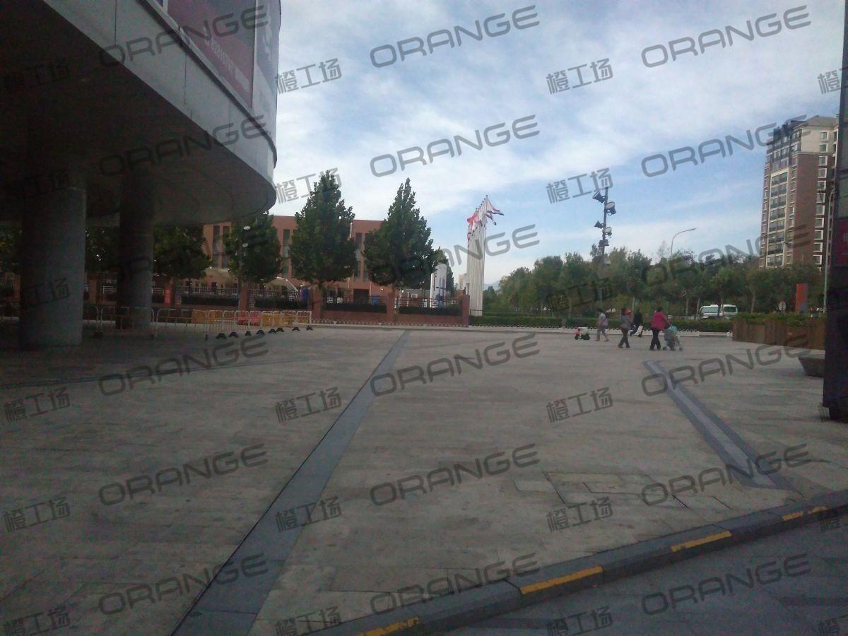 北京五彩城购物中心-室外西区西北角2