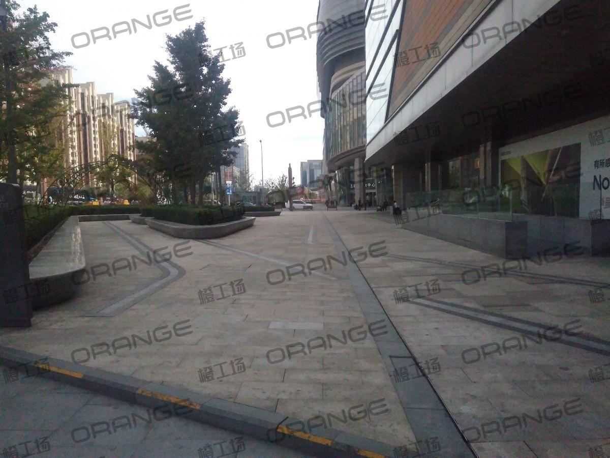 北京五彩城购物中心-室外西区西侧屈臣氏门北过道3