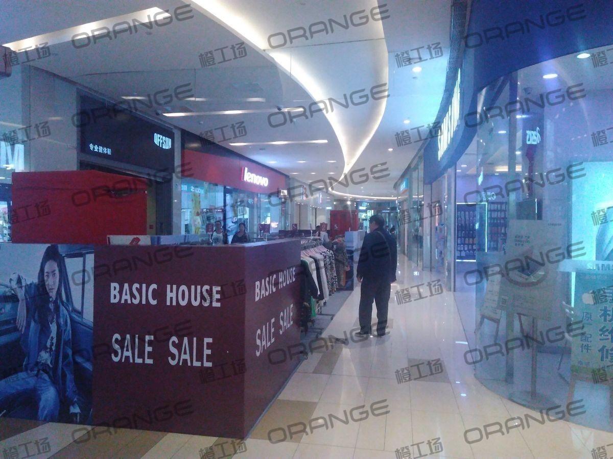 北京五彩城购物中心-室内一楼西区西门门东过道4