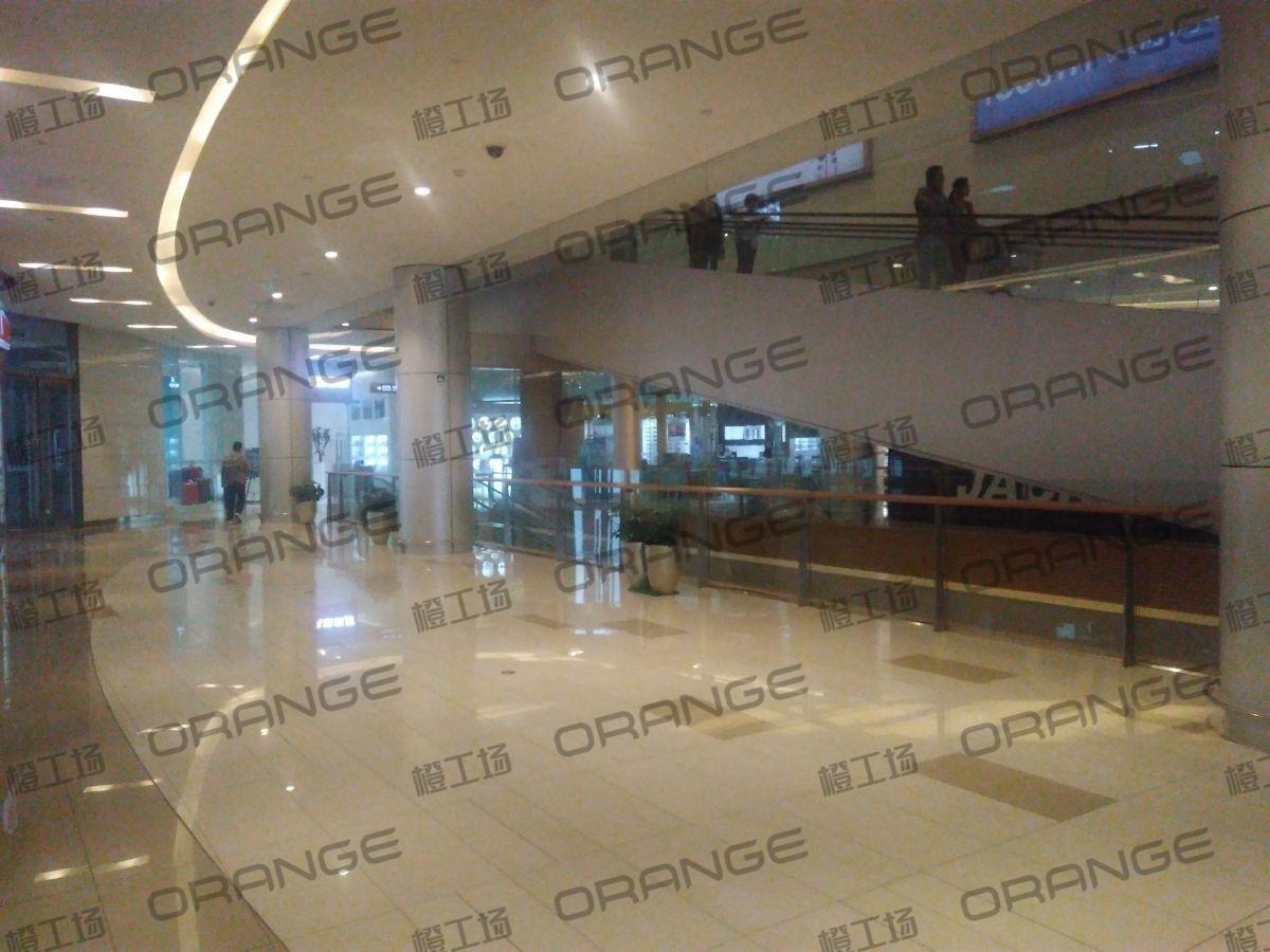 北京五彩城购物中心-室内一楼西区南侧扶梯南过道9