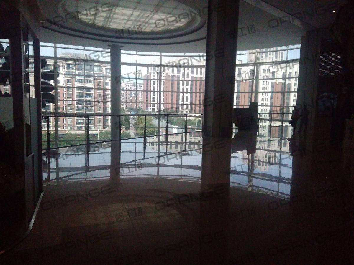 北京五彩城购物中心-室内四楼西区北侧扶梯南过道10