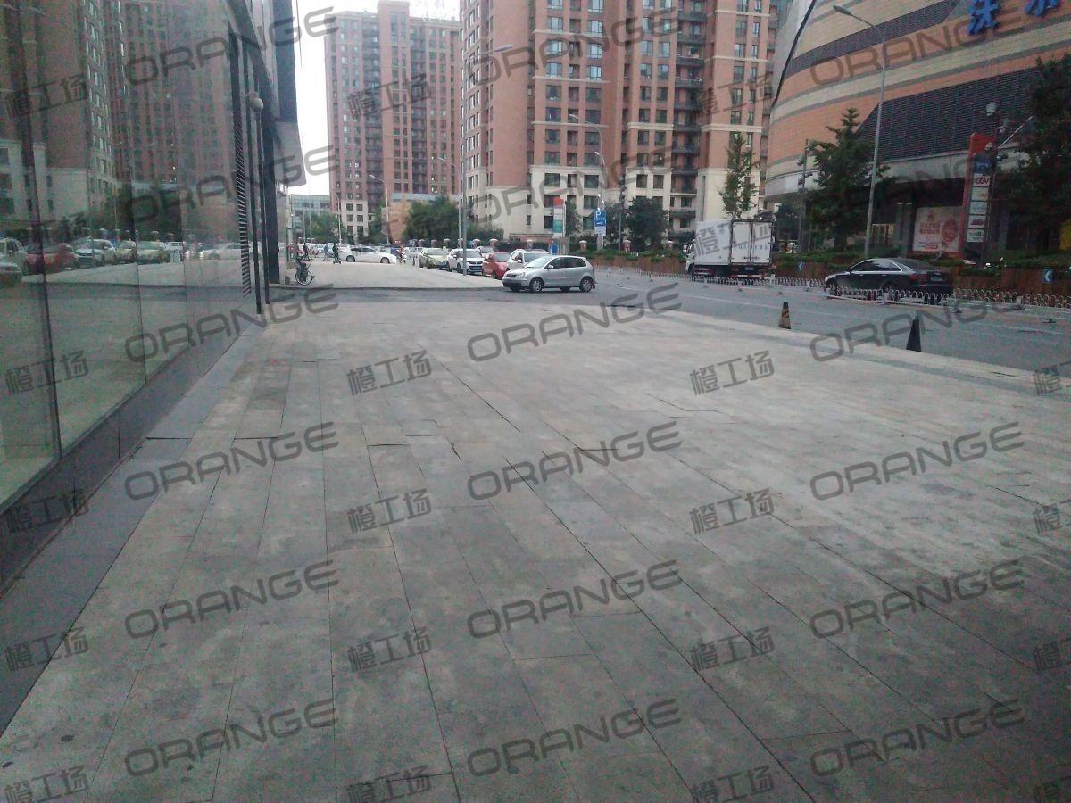 北京五彩城购物中心-室外东区西侧过道222