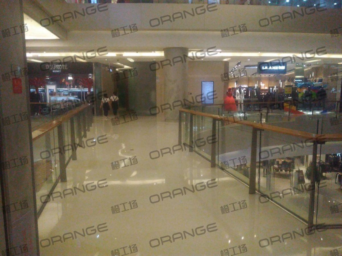 北京五彩城购物中心-室内三楼东区东侧过道229