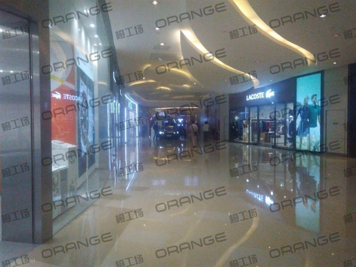 北京五彩城购物中心-室内东区一楼东侧扶梯西过道25