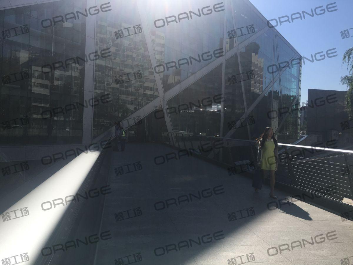 北京侨福芳草地购物中心-室外西侧长廊5
