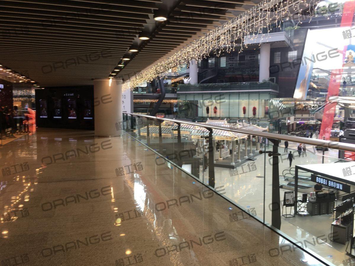北京侨福芳草地购物中心-室内B1北侧 TED BAKER西36