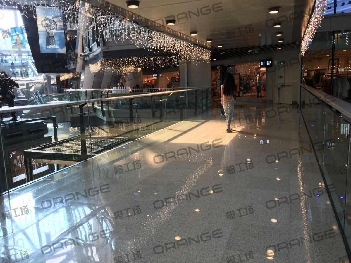 北京侨福芳草地购物中心-室内一楼西北侧走廊37