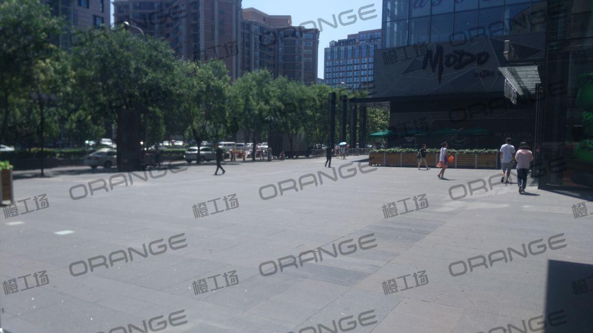 北京悠唐购物中心-室外东门门前二12