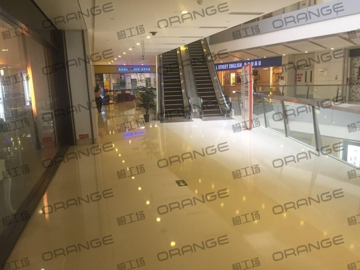 北京欧美汇购物中心-室内4楼最东侧扶梯前7
