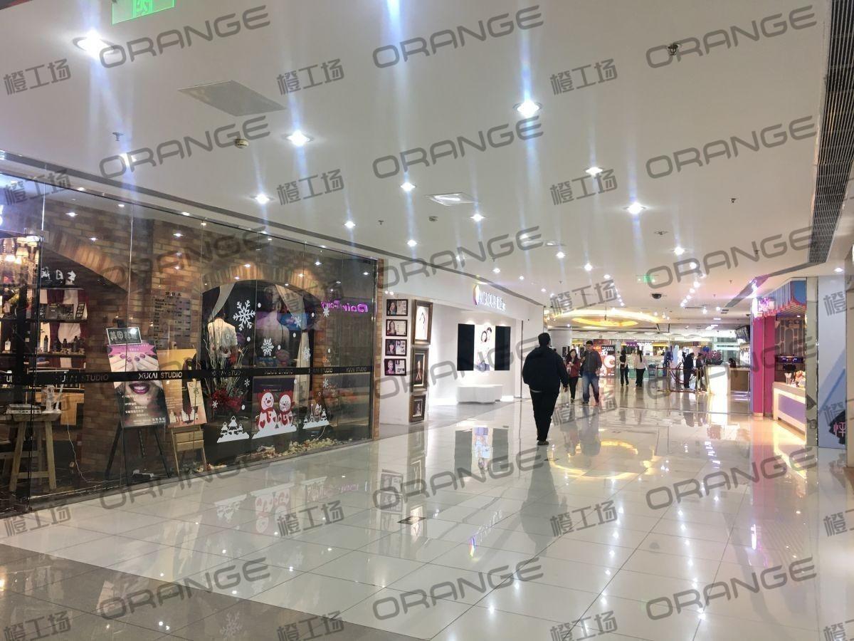 北京富力广场-室内五楼环廊北侧走廊3