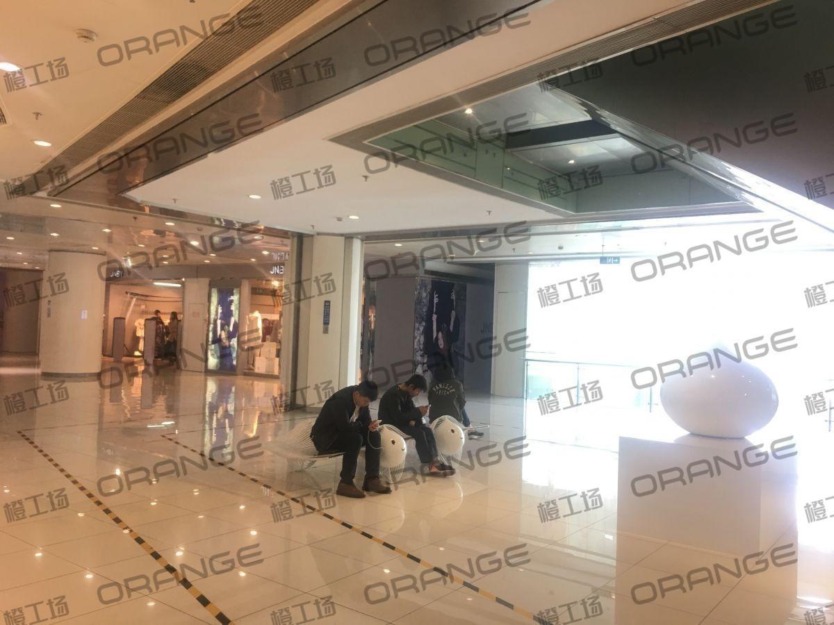 北京富力广场-室内二楼南侧扶梯下  26