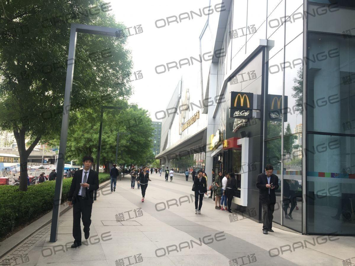 北京富力广场-室外东侧南走廊35