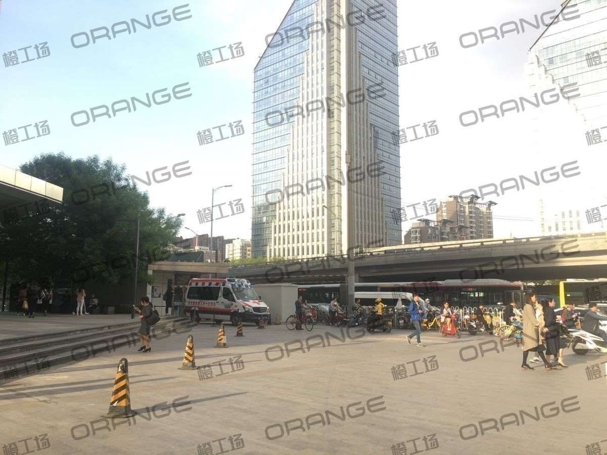北京富力广场-室外东南角哈根达斯门前二  37