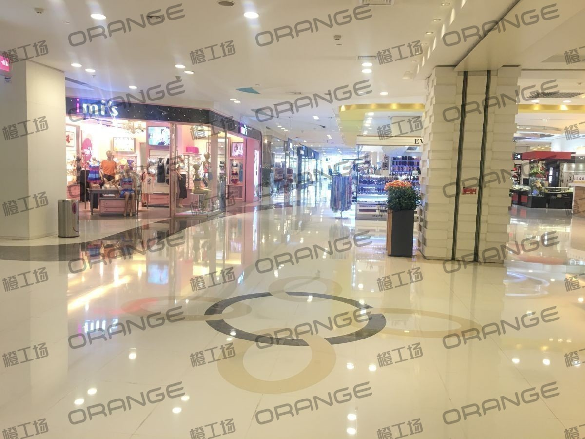 北京悠唐购物中心-室内三楼东侧扶梯口西4