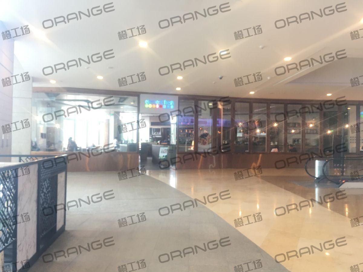 北京颐堤港-室内一楼东门南侧扶梯口前26