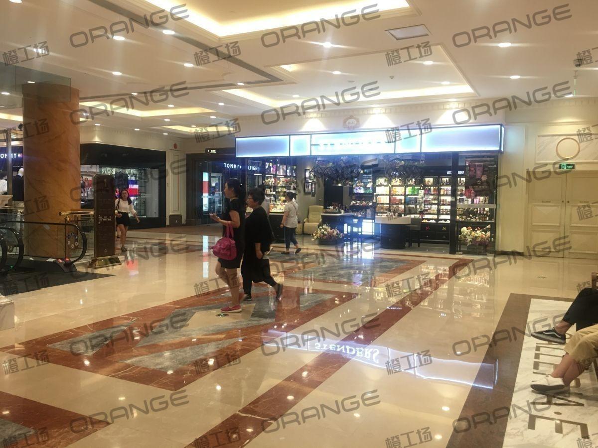 上海环球港-室内一楼中央环廊东南侧1