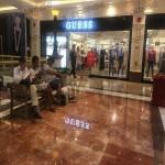 上海环球港-室内一楼画廊东大街138与093之间走廊41