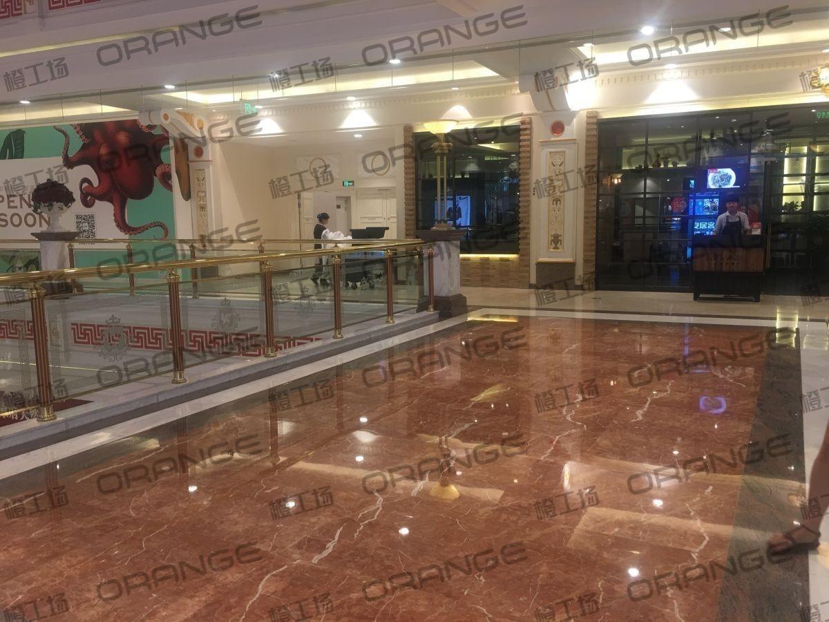 上海环球港-室内三楼画廊西大街086前扶梯南1