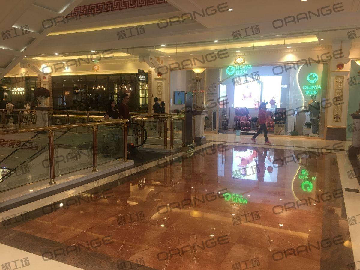 上海环球港-室内三楼画廊西大街086前扶梯北3