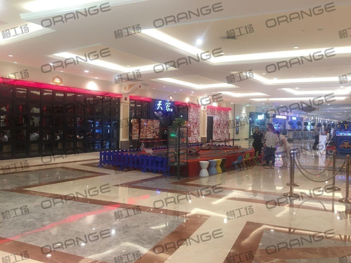 上海环球港-室内三楼中央环廊西侧2