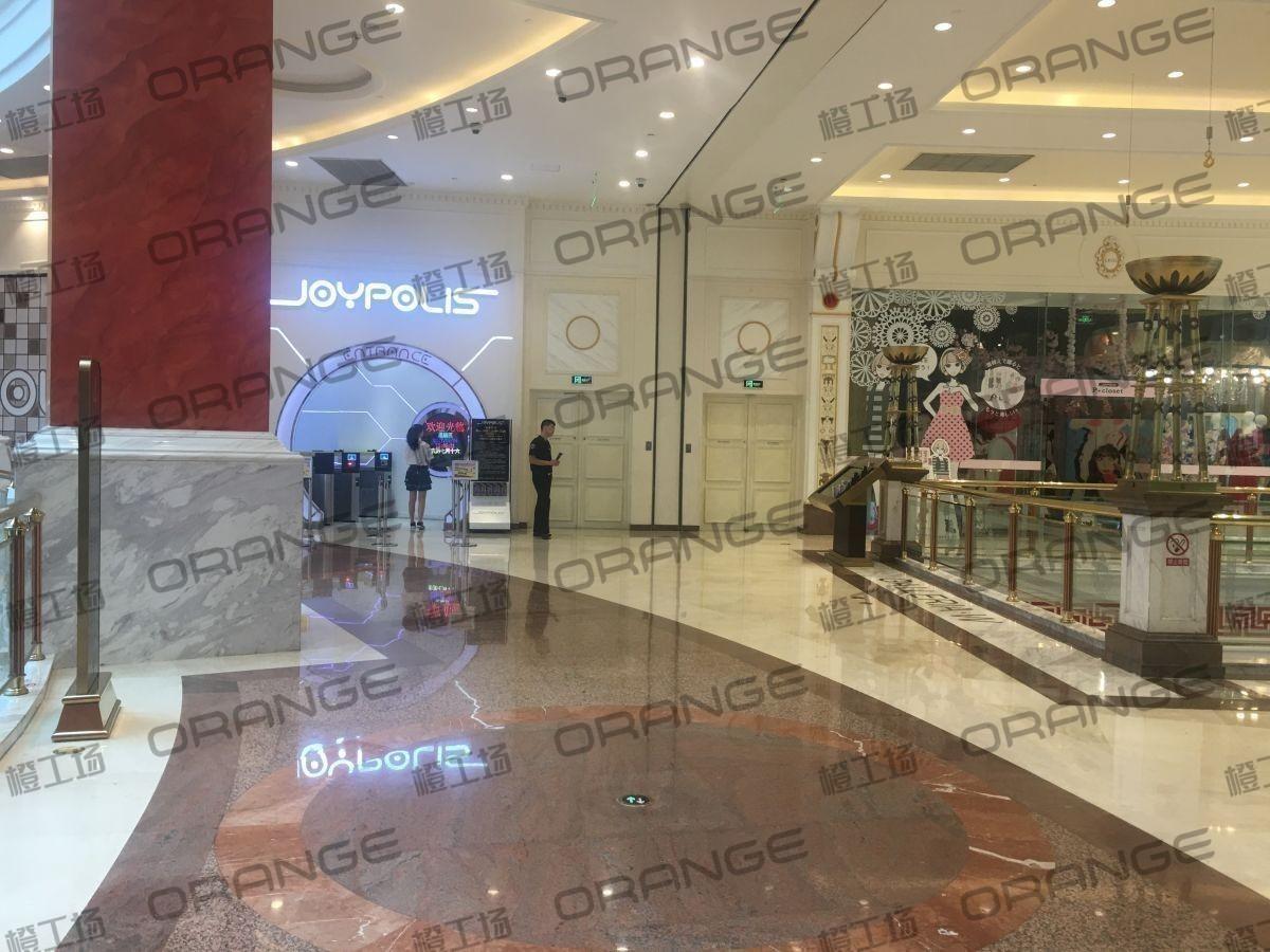 上海环球港-室内四楼南侧环廊与画廊东西大街之间(两块)1